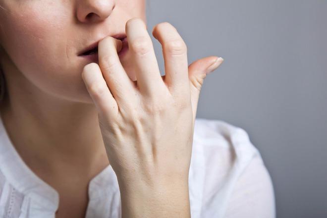 Nếu bạn vẫn làm những việc này hàng ngày thì đừng hỏi tại sao răng ngày càng xỉn và xấu - ảnh 5