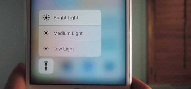 Không chỉ có tác dụng chiếu sáng khi chụp ảnh, đèn flash trên iPhone còn có 4 công dụng mà bạn không ngờ tới như này - Ảnh 3.