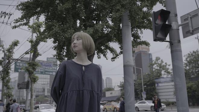 Chí Thiện đưa nhiều cảnh lãng mạn kinh điển của phim Hàn vào MV mới - Ảnh 11.