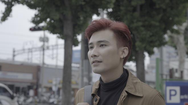 Chí Thiện đưa nhiều cảnh lãng mạn kinh điển của phim Hàn vào MV mới - Ảnh 3.