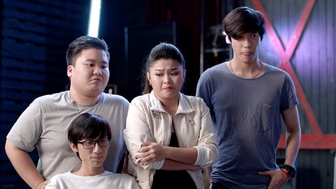 Glee Việt tuần này: Angela nắm thóp Yaya Trương Nhi, trở lại đội cổ vũ để thị uy - ảnh 1
