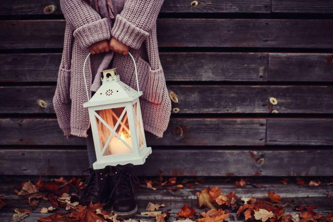 5 điều mà con gái khôn ngoan không bao giờ dốc lòng tâm sự khi yêu - Ảnh 2.