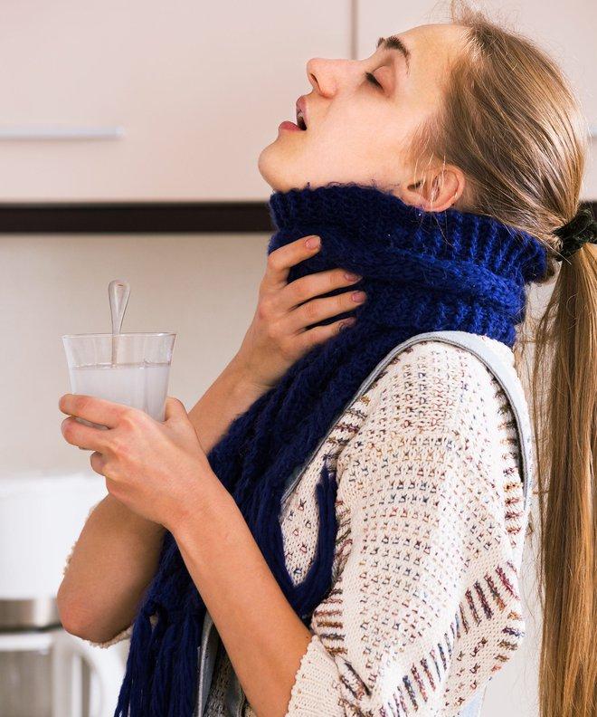 Cần nhớ ngay các dấu hiệu sớm của ung thư vòm họng, khả năng chữa trị sẽ tăng lên đáng kể - Ảnh 3.