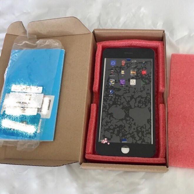 iPhone 8 tiếp tục xuất hiện