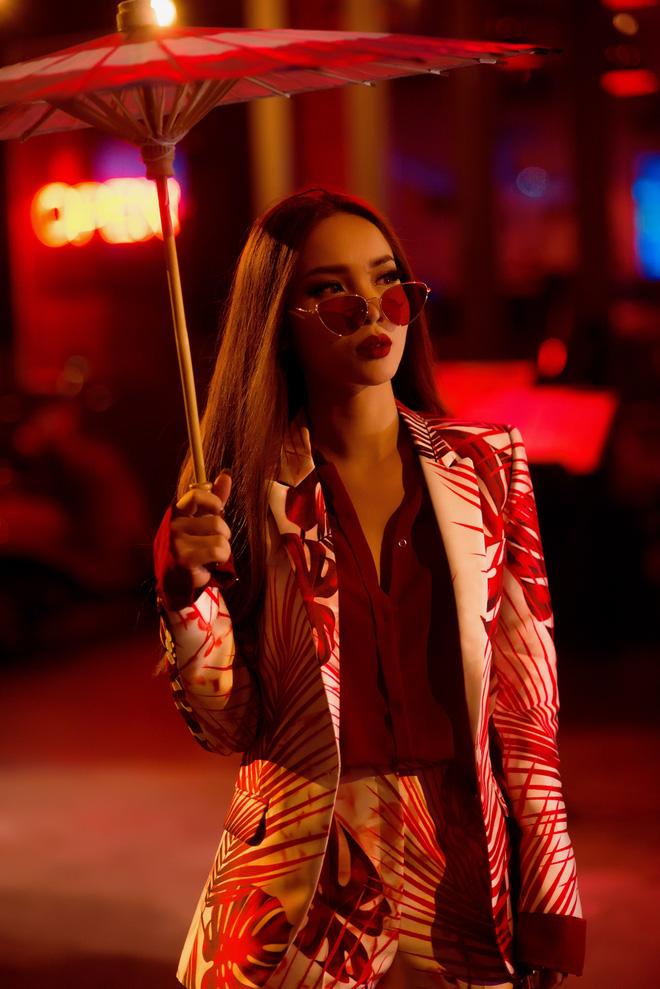 Hậu The Remix, Yến Trang hoá nàng Geisha ma mị trong MV mới - Ảnh 5.