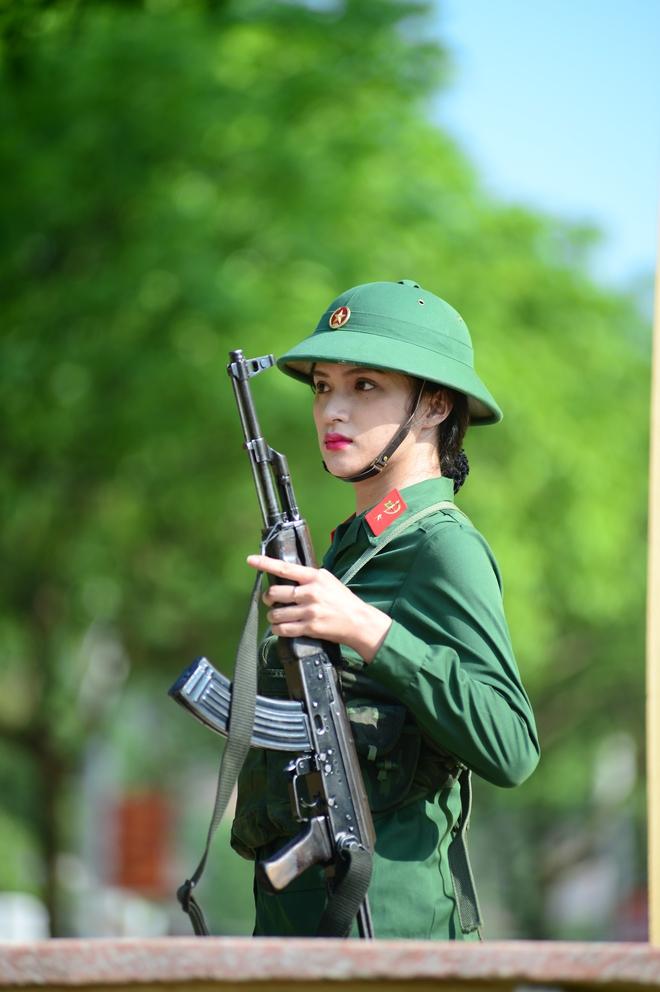 Hương Giang Idol: Tôi choáng ngợp và bị sốc với kỷ luật quân đội trong Sao nhập ngũ - Ảnh 5.