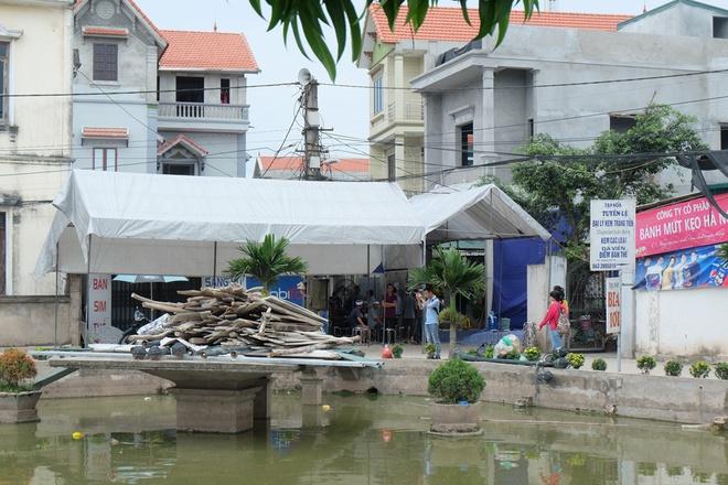 Vụ 2 người lớn cứu 2 nam sinh nhưng cả 4 tử vong: Tang thương bao trùm vùng quê - Ảnh 8.
