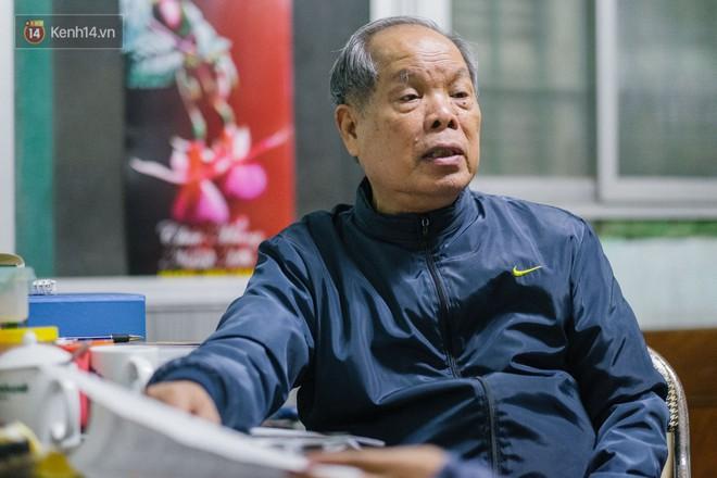 PGS.TS Bùi Hiền nói về đề xuất cải tiến tiếng Việt bị ném đá: Họ dùng chính chữ của tôi để chửi tôi, chứng tỏ chữ này rất nhạy, rất nhanh vào đầu! - Ảnh 1.