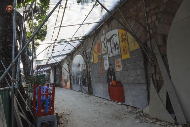 Hà Nội: Dự án bích họa trên phố Phùng Hưng bị đắp chiếu, biến thành bãi gửi xe bất đắc dĩ sau 1 tháng triển khai - ảnh 3