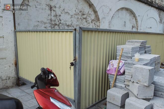Hà Nội: Dự án bích họa trên phố Phùng Hưng bị đắp chiếu, biến thành bãi gửi xe bất đắc dĩ sau 1 tháng triển khai - ảnh 6