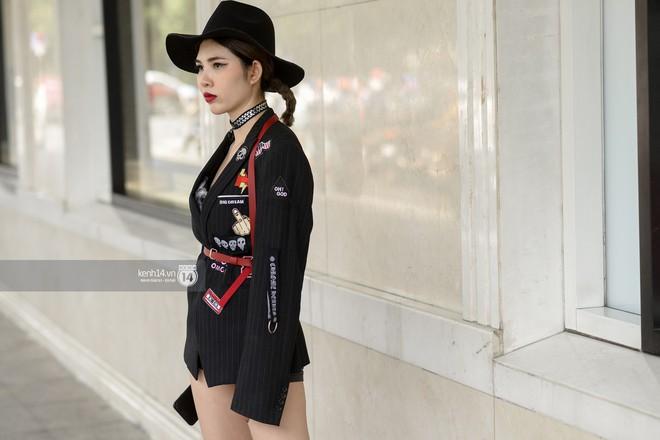Fashionisto nhí diện áo lông to sụ như G-Dragon, nổi bật nhất street style ngày cuối VIFW - Ảnh 12.