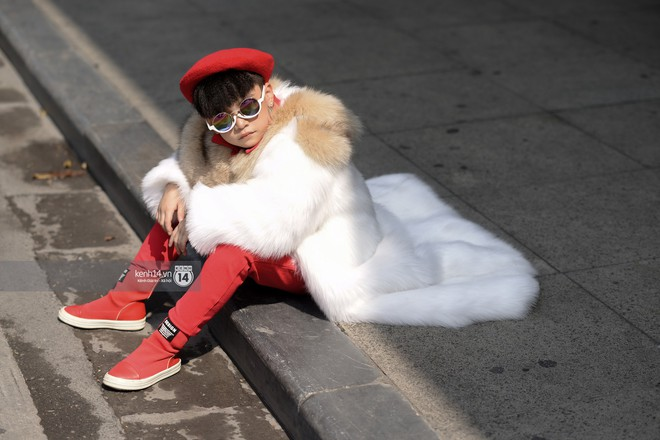 Fashionisto nhí diện áo lông to sụ như G-Dragon, nổi bật nhất street style ngày cuối VIFW - Ảnh 6.
