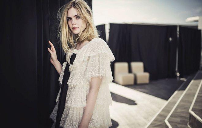 Tiên nữ giáng trần là câu miêu tả chính xác Elle Fanning tại LHP Cannes các năm! - Ảnh 7.
