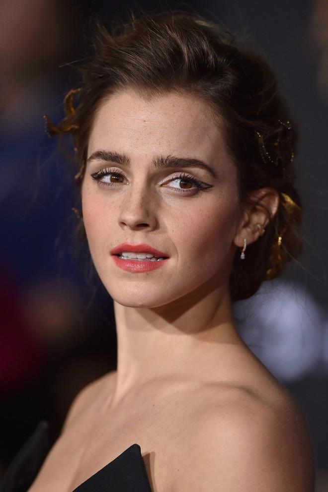 Emma Watson: Hoa hồng đẹp nhất nước Anh giờ bỗng tàn phai nhan sắc nhanh chóng - Ảnh 19.