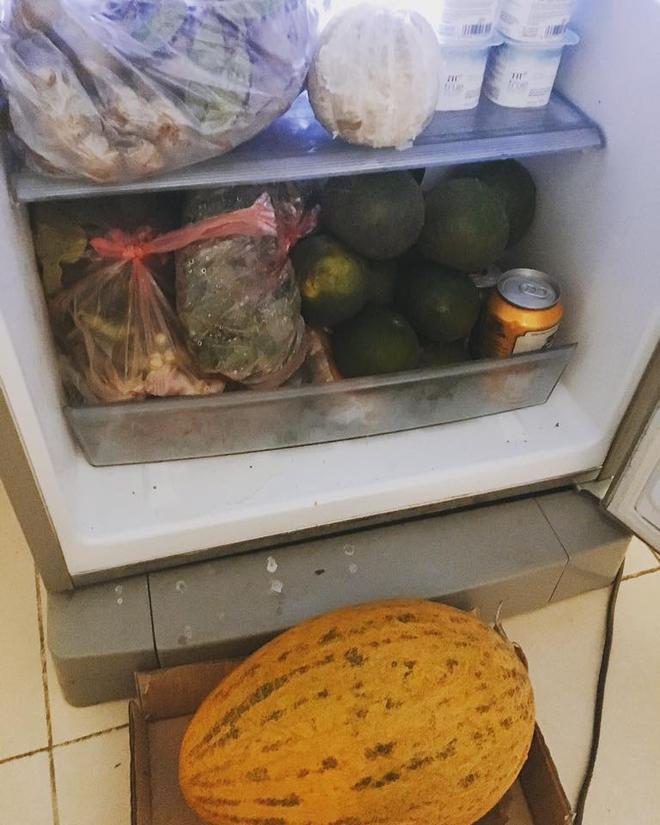 Sinh viên xa nhà thi nhau khoe đồ ăn chất thành núi bố mẹ gửi cho - ảnh 2