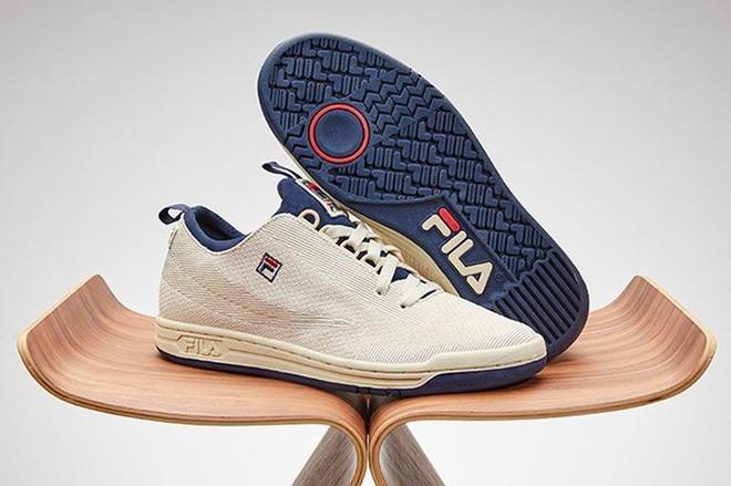 Điểm qua 4 mẫu giày thể thao chất hơn nước cất mới ra mắt hè này của FILA - Ảnh 1.