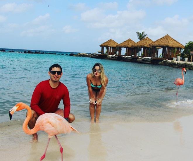 Nóng như thế này chỉ muốn đến ngay thiên đường Aruba tắm biển, thỏa thích chụp ảnh sống ảo cùng hồng hạc mà thôi! - Ảnh 12.