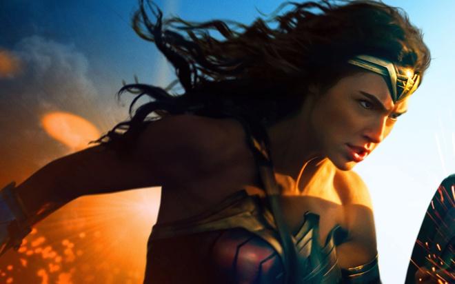 Đẹp chim sa cá lặn như Wonder Woman thì không cần động thủ, kẻ thù nào cũng sẽ xin chết! - Ảnh 30.