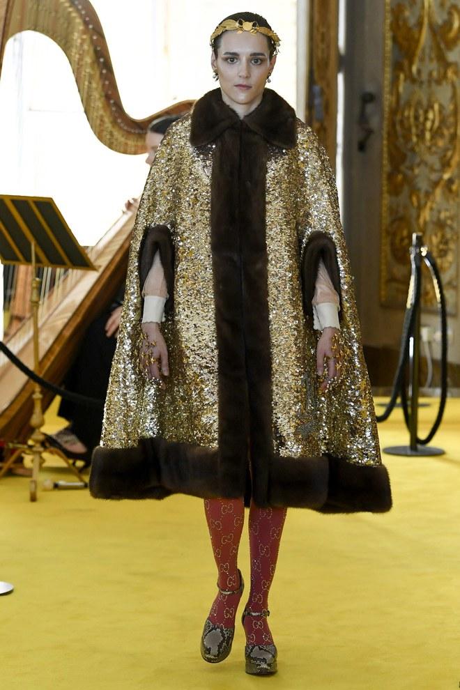 Dự show Gucci, Sooyoung (SNSD) không bị lọt thỏm giữa dàn sao quốc tế nhờ mặc sexy - Ảnh 16.