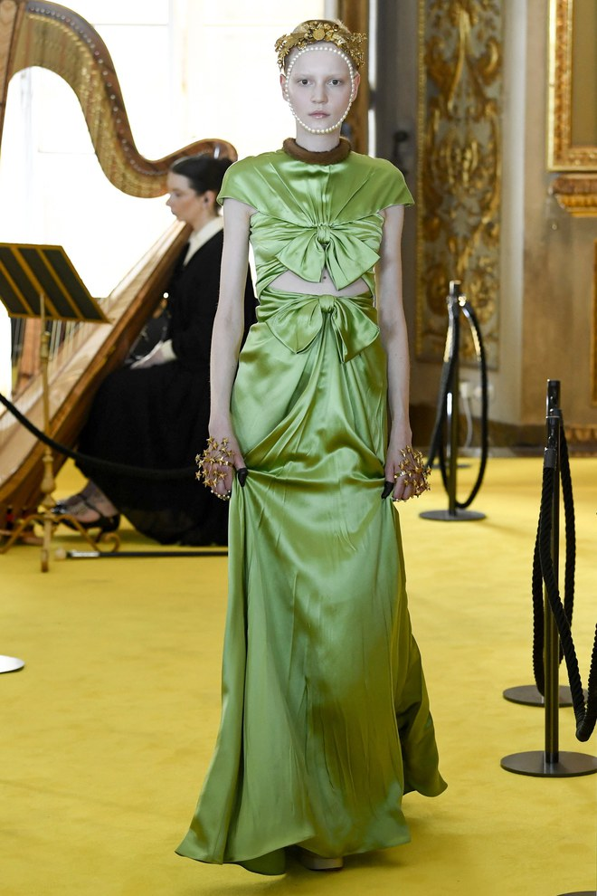 Dự show Gucci, Sooyoung (SNSD) không bị lọt thỏm giữa dàn sao quốc tế nhờ mặc sexy - Ảnh 17.