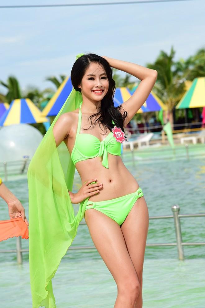 Top 40 Hoa hậu Việt Nam lên tiếng sau scandal clip sex, bị tố giật chồng: Chỉ mới 21 tuổi thôi, ai chẳng có sai lầm! - Ảnh 1.