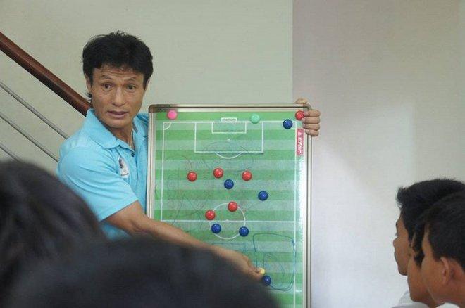 Quái nhân được HLV Park Hang Seo mời làm trợ lý tại tuyển Việt Nam là ai? - Ảnh 1.