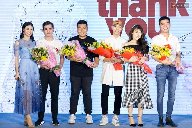 Đông Nhi: Tin tưởng vào tình yêu với Ông Cao Thắng nên không sợ xui khi diễn cảnh cãi vã, giận hờn trong MV - Ảnh 8.