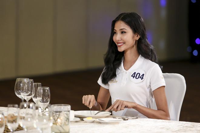 Hoàng Thùy và Mâu Thủy bị loại ngay vòng thi đầu tiên ở tập 3 Tôi là Hoa hậu Hoàn vũ VN - Ảnh 3.