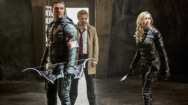 Constantine Matt Ryan sẽ góp mặt trong Legends of Tomorrow mùa thứ 3 - Ảnh 4.