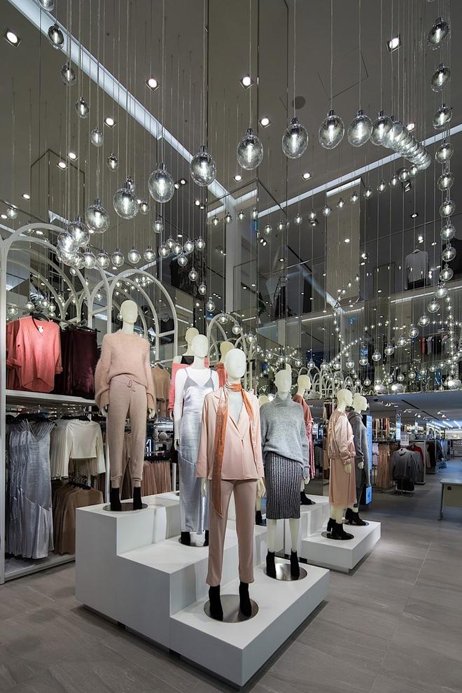 Chính thức: H&M thông báo mở store 2 tầng, rộng 2.200m2 vào mùa thu này tại Sài Gòn - Ảnh 2.