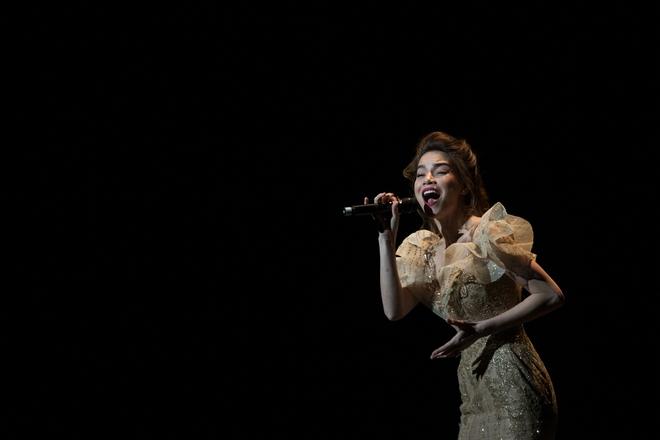 Hồ Ngọc Hà kết thúc đầy thành công tour diễn Love Songs tại Mỹ - Ảnh 1.