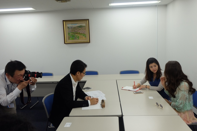 Hồ Quỳnh Hương trả lời phỏng vấn tờ báo lớn nhất tại Nhật Bản  - Ảnh 3.