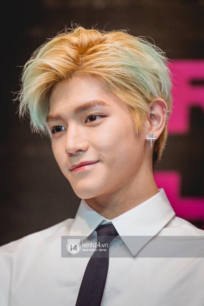 Mỹ nam Taeyong tiết lộ muốn ở lại Việt Nam, NCT 127 đồng loạt tỏ tình Anh yêu em với fan tại họp báo ở Hà Nội - Ảnh 22.
