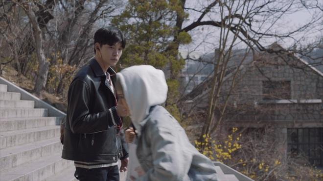 """Min nhận cái """"kết đắng"""" khi đụng độ soái ca xứ Hàn"""