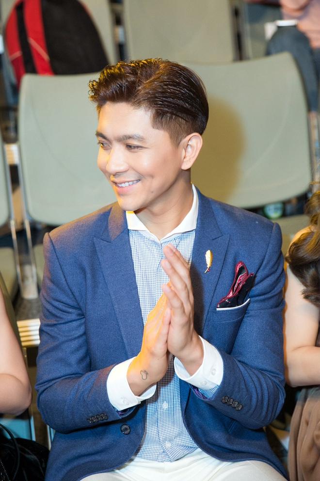 Lê Hà kín đáo bất ngờ, Quỳnh Thư gợi cảm khoe sắc tại Hàn Quốc - Ảnh 5.
