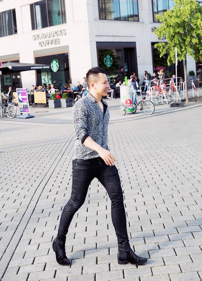 Ngọc Trinh và dàn chân dài hào hứng thăm Berlin bằng siêu xe - Ảnh 7.