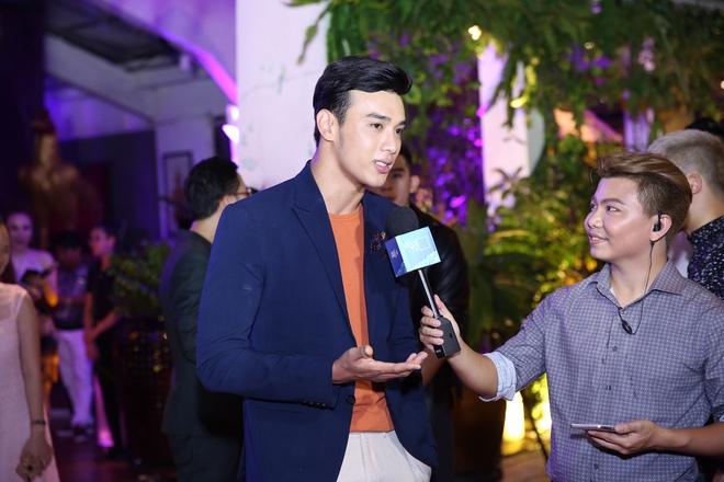 Ngọc Trinh ngọt ngào, Quỳnh Thư bốc lửa hội ngộ dàn sao tại tiệc VIP - Ảnh 19.