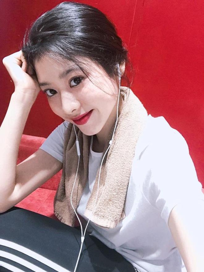 Thái Ngọc San: Cô bạn Sài Gòn xinh đẹp sexy, hứa hẹn trở thành hot girl thế hệ mới - Ảnh 9.