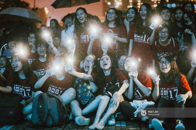 Những cái ôm trong mưa của teen Ams trong đêm hội chia tay đầy cảm xúc - ảnh 9