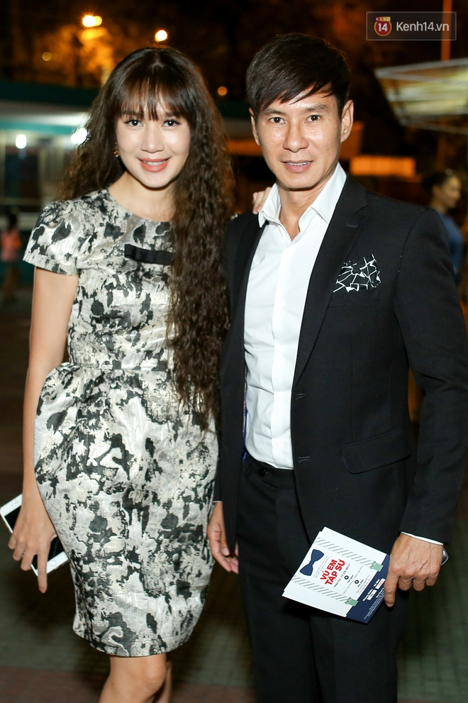 Kiều Minh Tuấn và Cát Phượng tay trong tay đến xem phim của Johnny Trí Nguyễn - Ảnh 5.