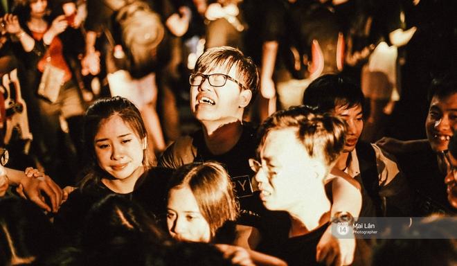 Những cái ôm trong mưa của teen Ams trong đêm hội chia tay đầy cảm xúc - ảnh 20