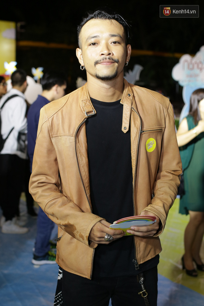 Miu Lê diện trang phục vàng chóe như tên phim, nổi bật trên thảm đỏ  - Ảnh 11.