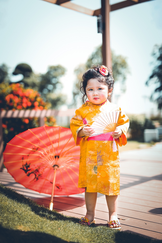 Tan chảy trước độ dễ thương của cô bé Việt 2 tuổi má phính diện Kimono, tóc tơ cài hoa - Ảnh 13.