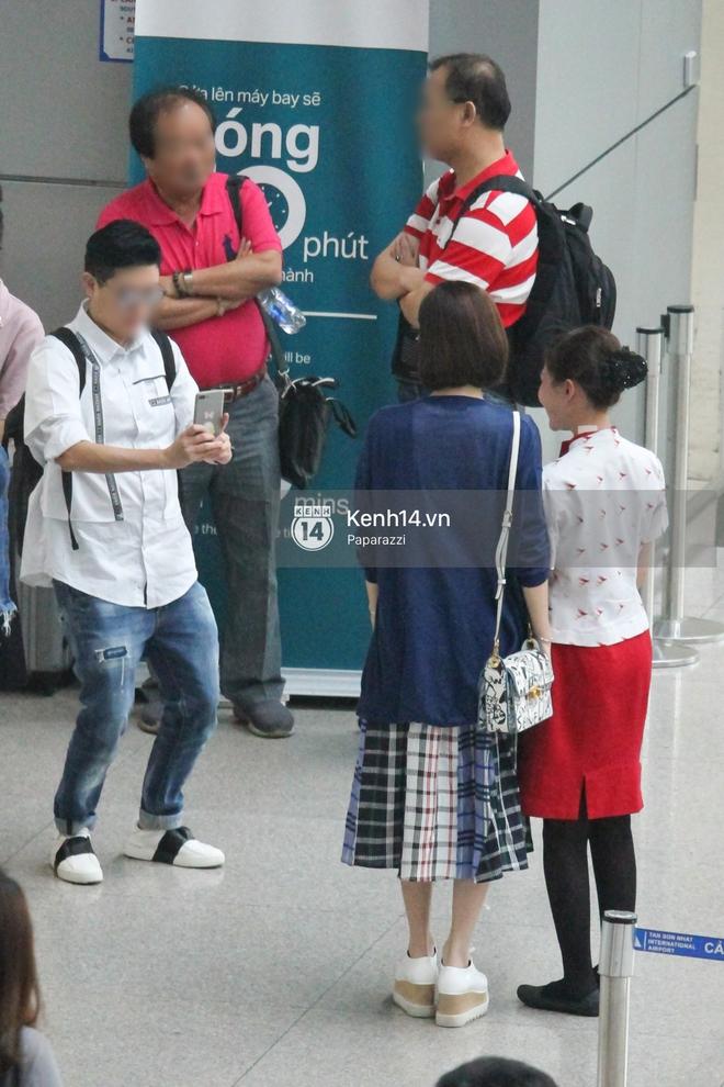 Lý Nhã Kỳ ra tận sân bay tiễn, Xa Thi Mạn thân thiện vẫy tay chào fan Việt - Ảnh 13.