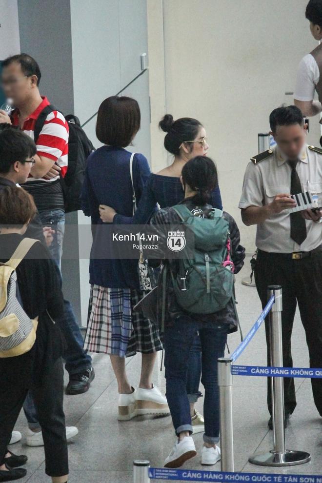Lý Nhã Kỳ ra tận sân bay tiễn, Xa Thi Mạn thân thiện vẫy tay chào fan Việt - Ảnh 11.