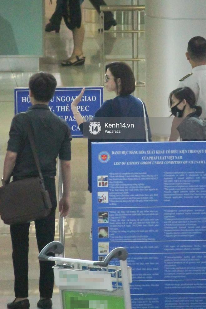 Lý Nhã Kỳ ra tận sân bay tiễn, Xa Thi Mạn thân thiện vẫy tay chào fan Việt - Ảnh 15.