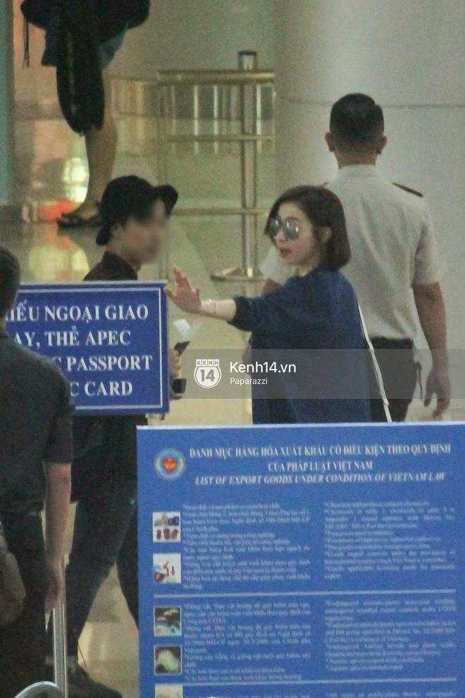 Lý Nhã Kỳ ra tận sân bay tiễn, Xa Thi Mạn thân thiện vẫy tay chào fan Việt - Ảnh 16.