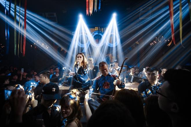 Hương Giang Idol chia sẻ về vấp ngã và nhận ra sự kì thị cộng đồng LGBT chưa bao giờ biến mất - Ảnh 3.
