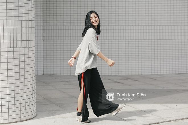 Sinh năm 1999, cao 1m70 - Cô bạn này đang là mẫu lookbook cực hot ở Sài Gòn - Ảnh 4.