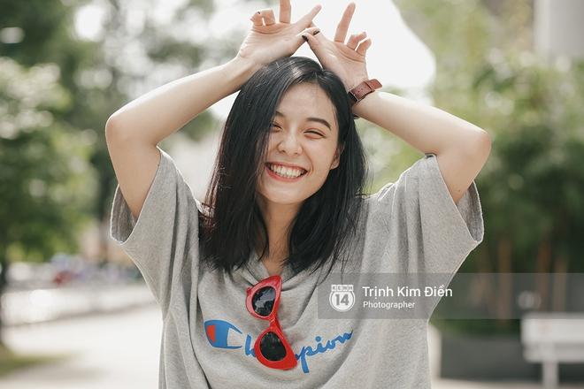 Sinh năm 1999, cao 1m70 - Cô bạn này đang là mẫu lookbook cực hot ở Sài Gòn - Ảnh 1.